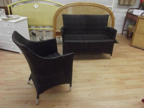 Canapé et fauteuil en résine tressée